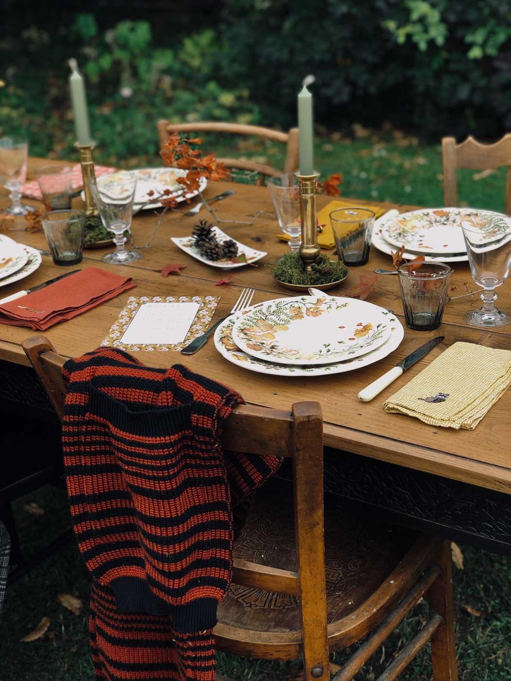 Autumn-table-setting-gien-chanterelles-15
