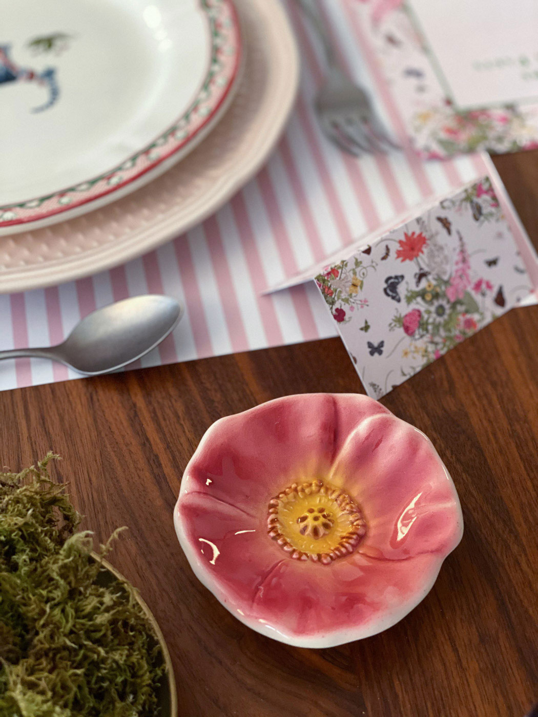 une-bonne-maison-french-lifestyle-blog-spring-tablescape-lockdown-paris-03