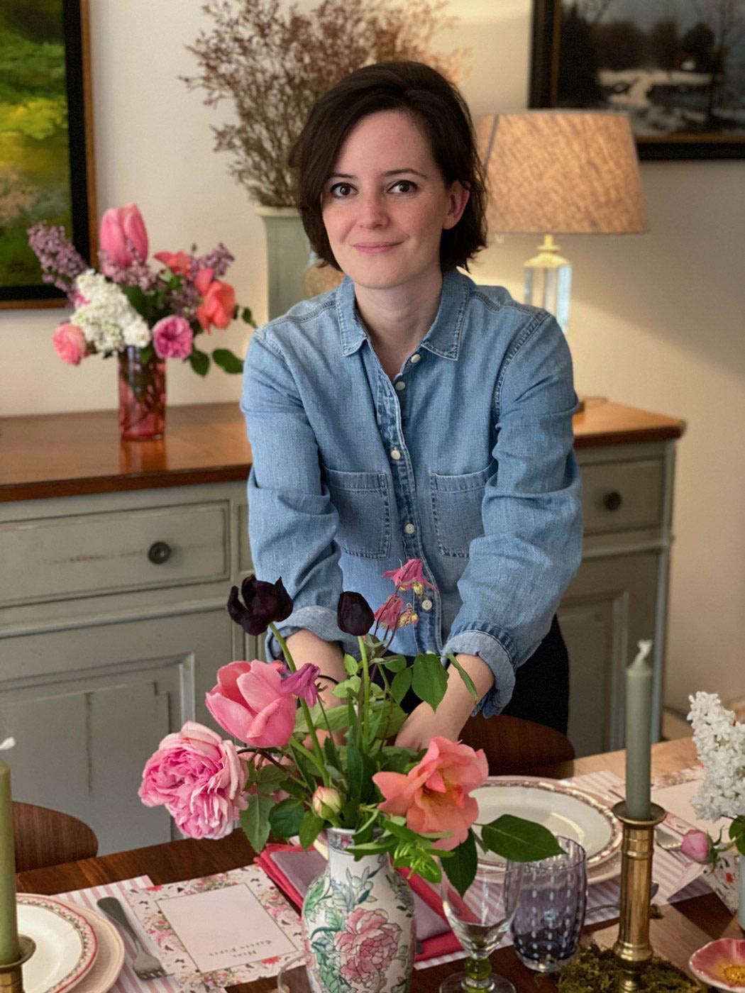 une-bonne-maison-french-lifestyle-blog-spring-tablescape-author