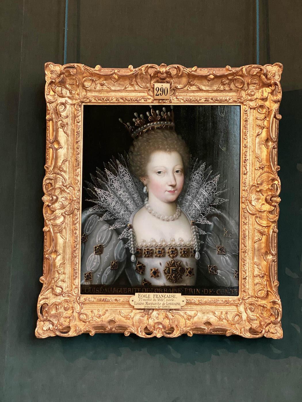une-bonne-maison-chantilly-chateau-portrait-2