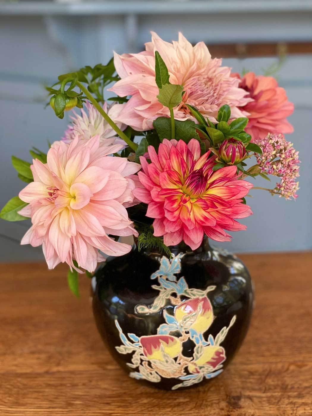 tuto-creer-bouquet-dahlias-art-floral-vase-2