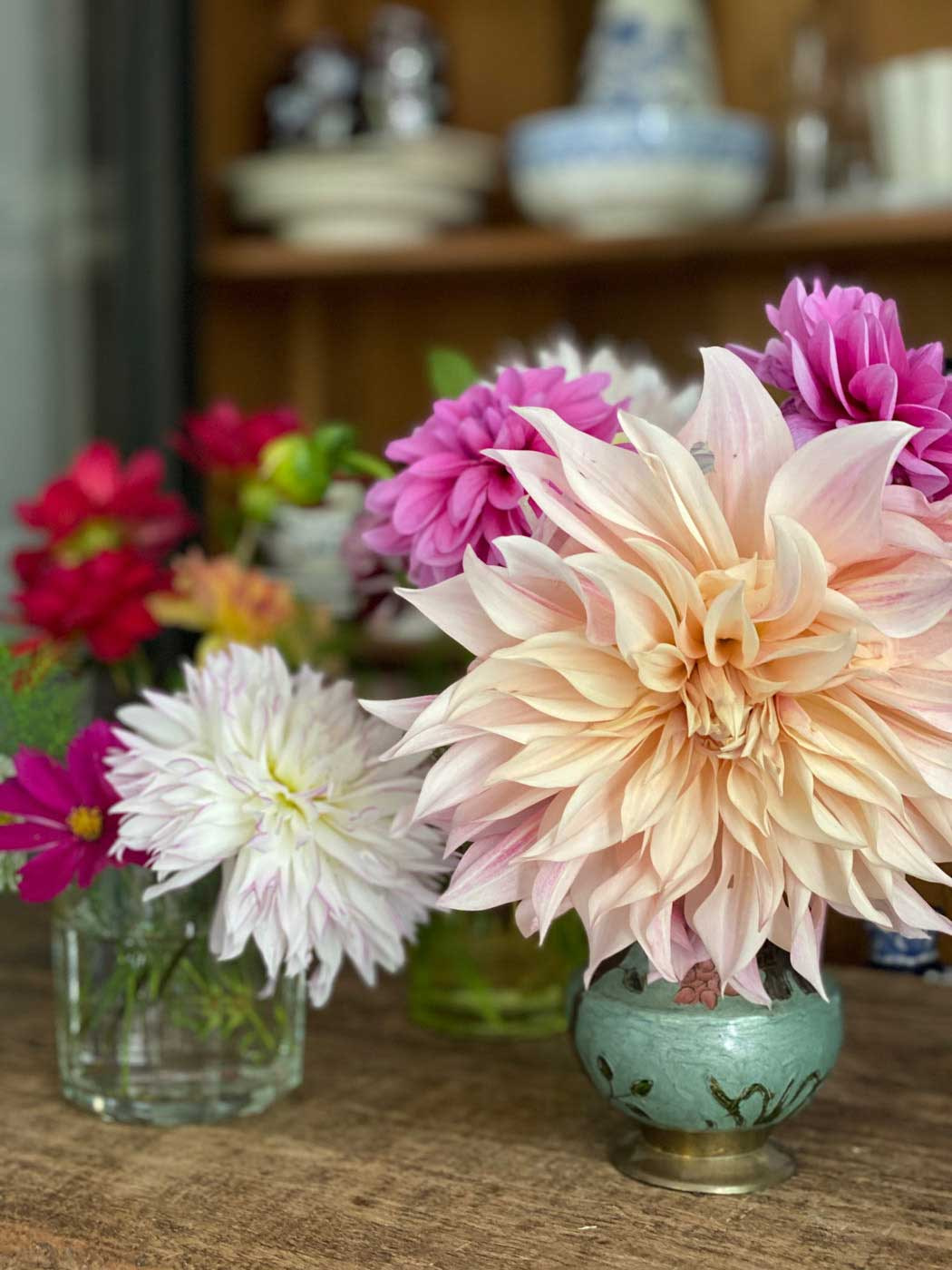 tuto-creer-petits-bouquet-dahlias-art-floral-14