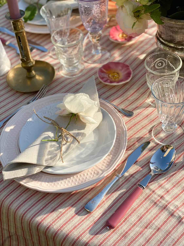 art-de-table-roses-jardin-blog-recevoir