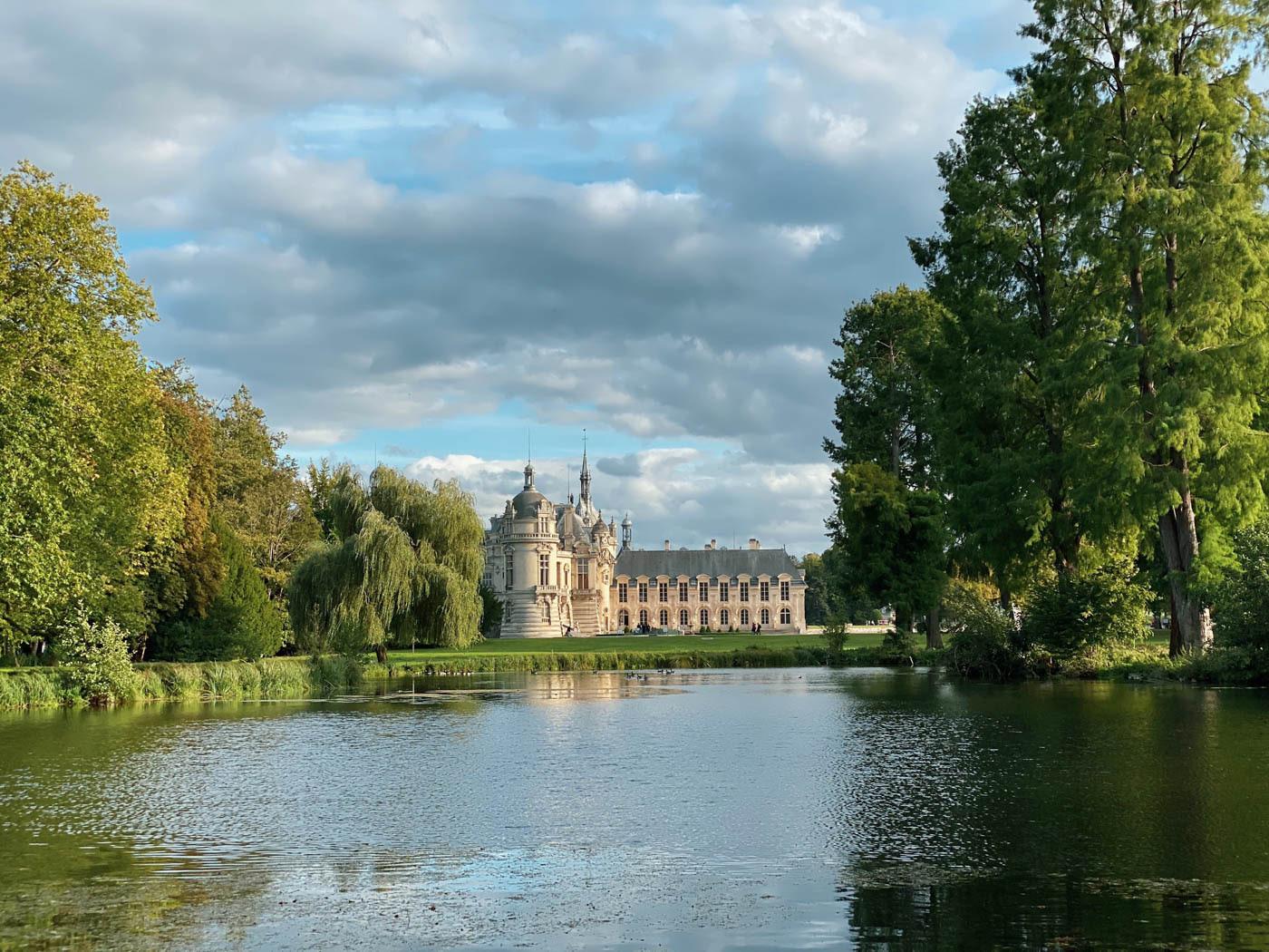 une-bonne-maison-chantilly-chateau-parc