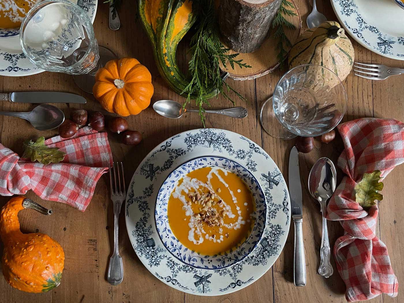 automne-table-vintage-recette-soupe-potiron-fall-tablescape-pumpkin-05