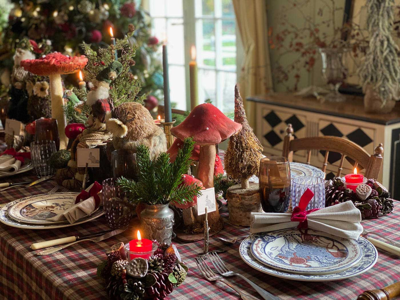 christmas-tale-holiday-tablescape-table-fetes-conte-noel-18