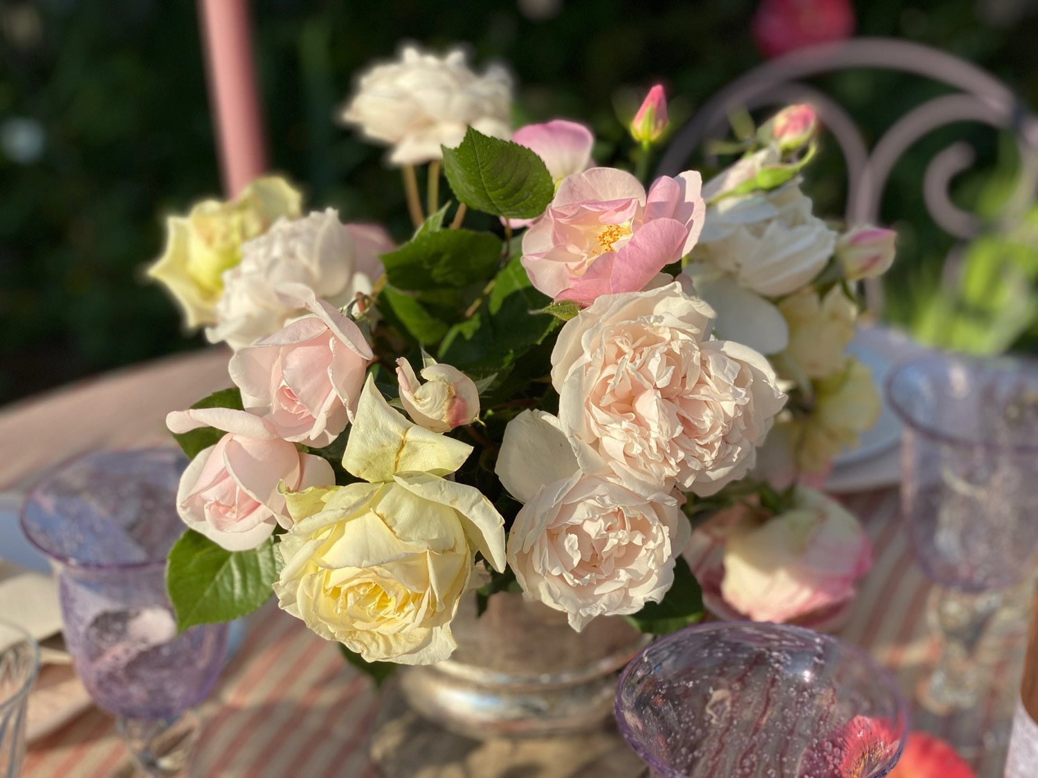 art-de-table-roses-jardin-bouquet-2
