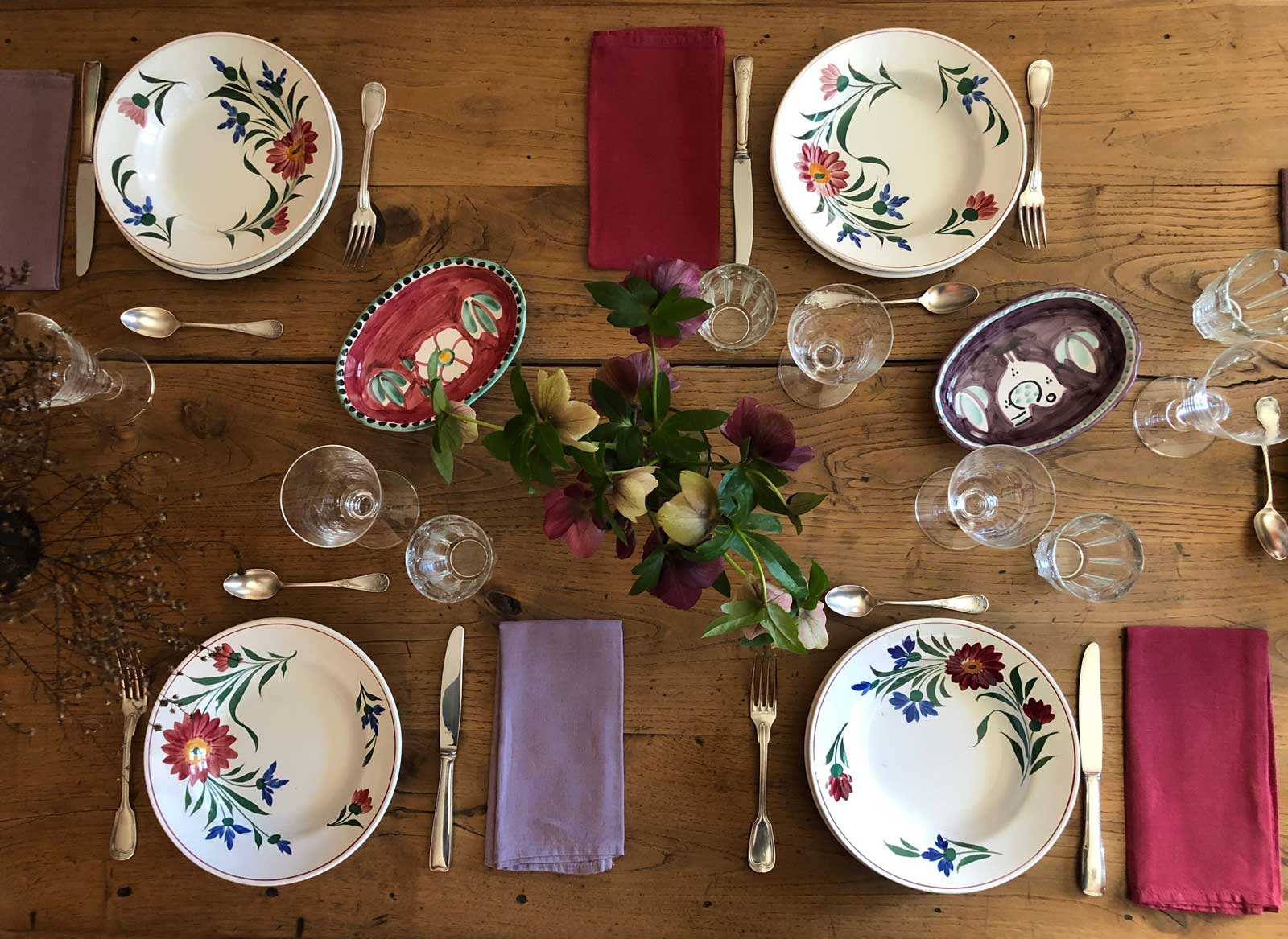 table setting rustic spring flower plates top