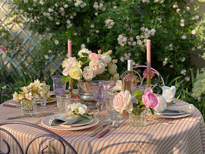 rose-garden-party-tablescape-20