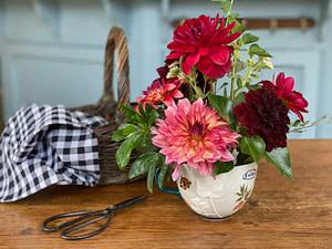 creer-bouquet-dahlias-art-floral-02