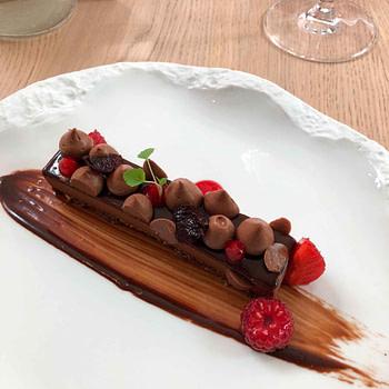 Deauville, gastronomy, french cuisine, l'essentiel, restaurant, chocolate dessert
