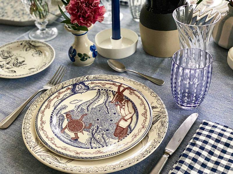 une-bonne-maison-simple-winter-lunch-gien-lafontaine-tablescape-detail-large
