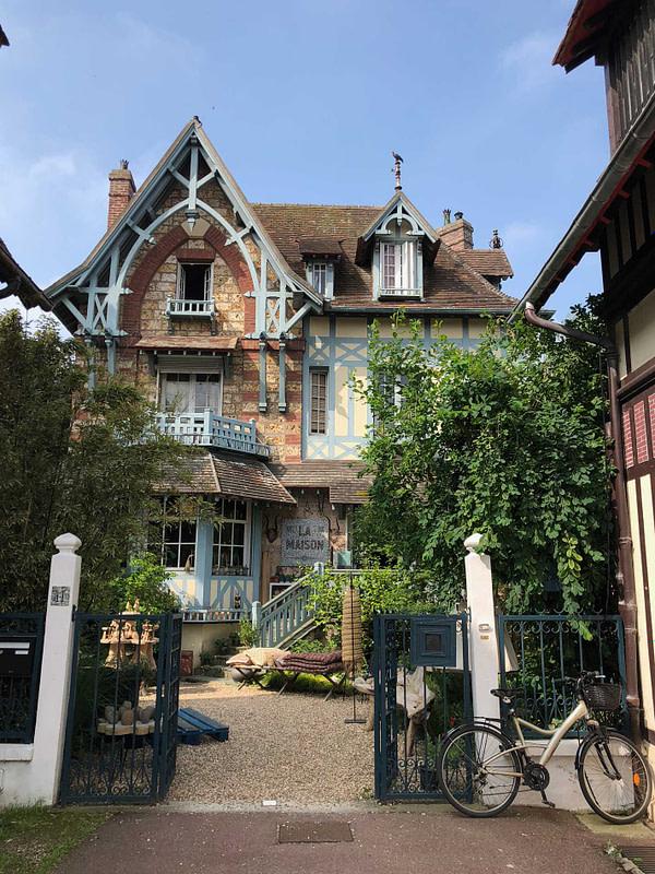 Deauville, city guide, normandy, France, la maison Deauville