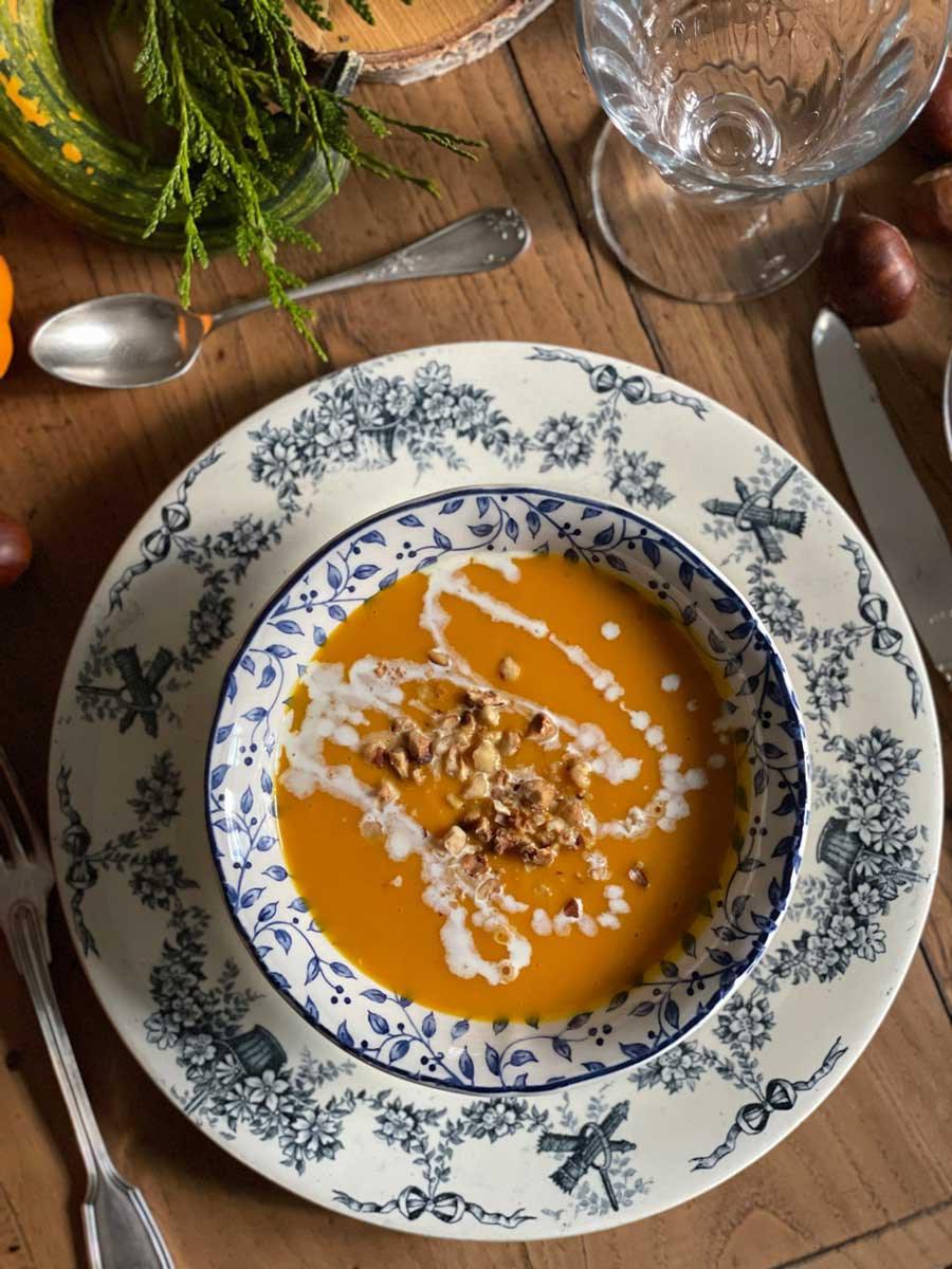 automne-table-vintage-recette-soupe-potiron-fall-tablescape-pumpkin-01