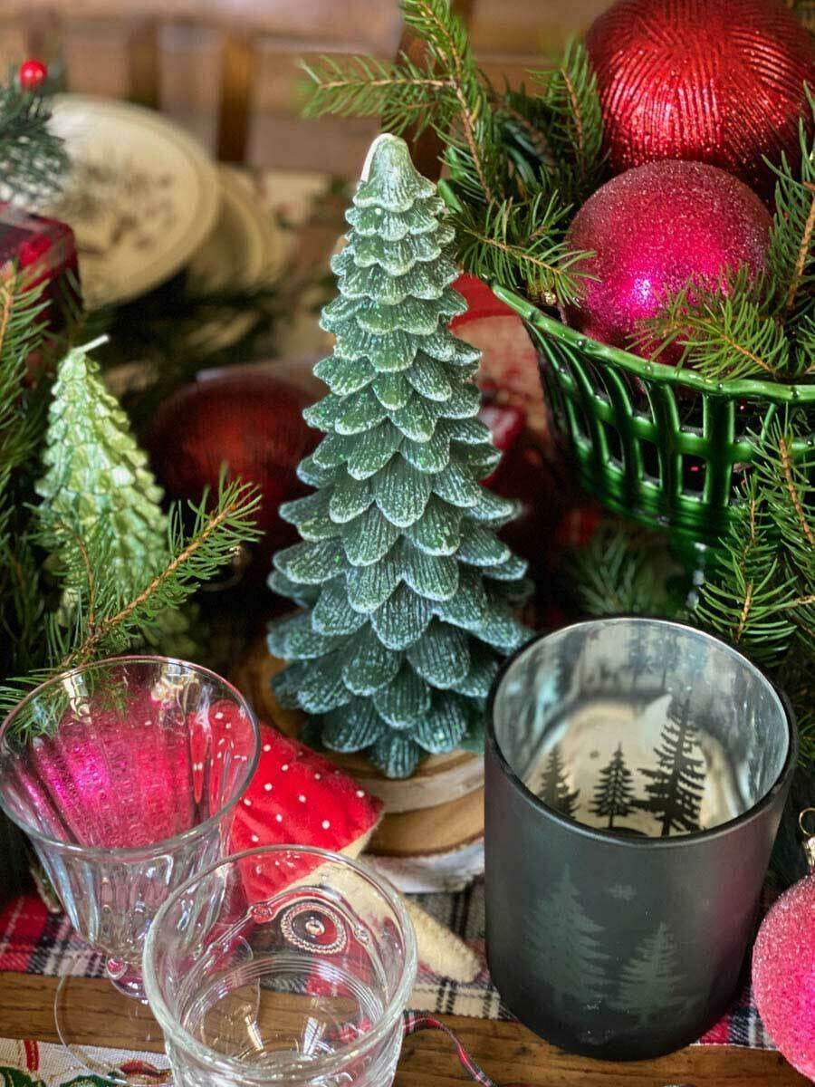 traditional-christmas-tablescape-table-fetes-noel-traditionnel-26